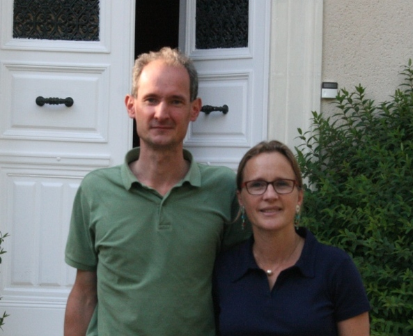Cedar en House - En Home Contact - Armand en Anne van Garreau