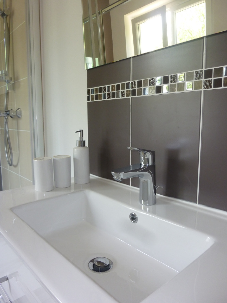 Chambres d'hôtes en Touraine - Cedar and Charm - bathroom Romance -250k